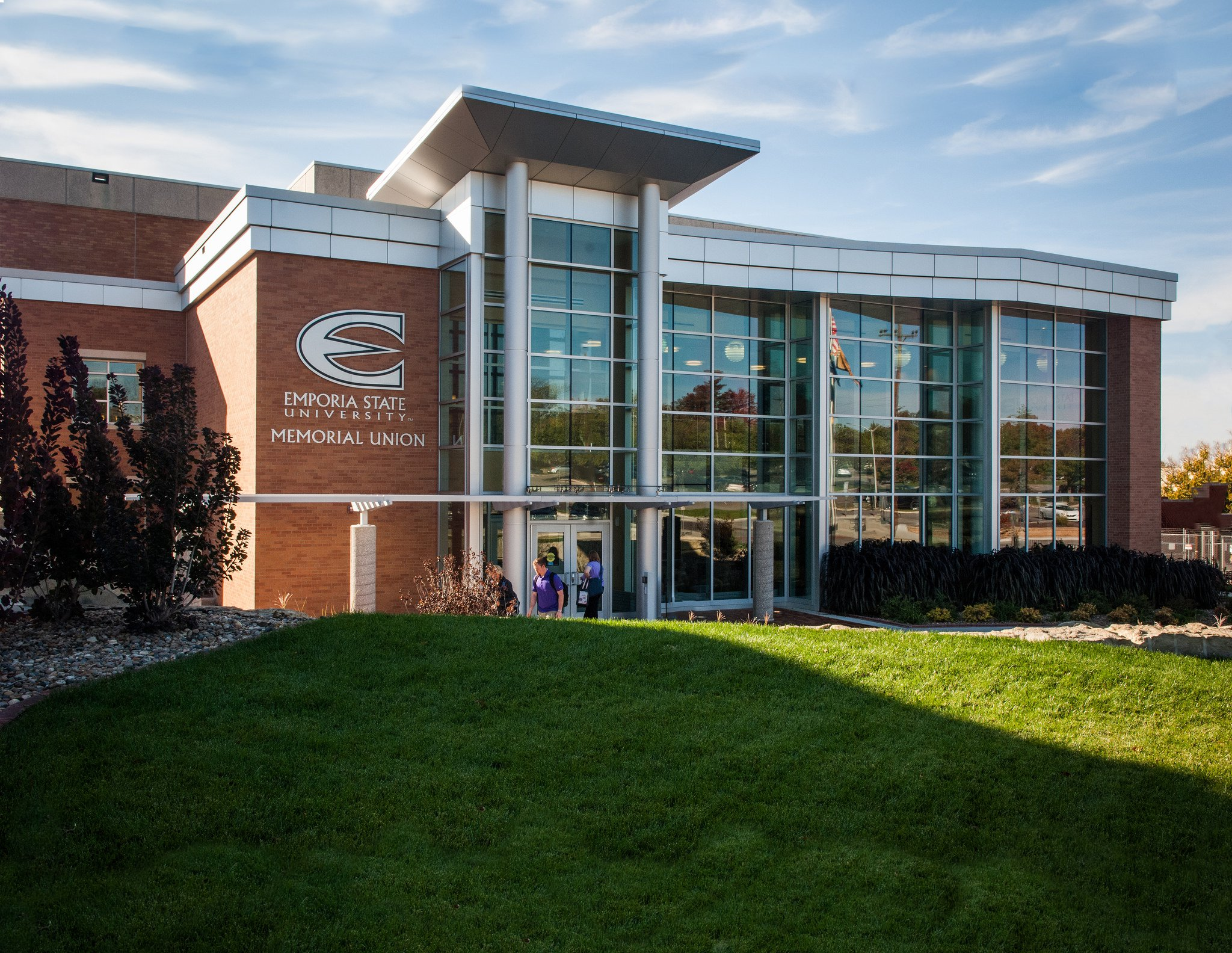 ESU Fall 2020 Return to Campus - Emporia State University