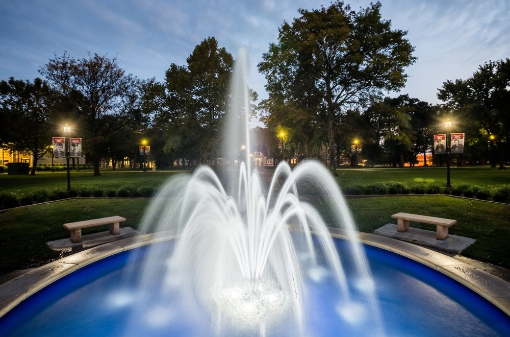 HDR Fountain .jpg