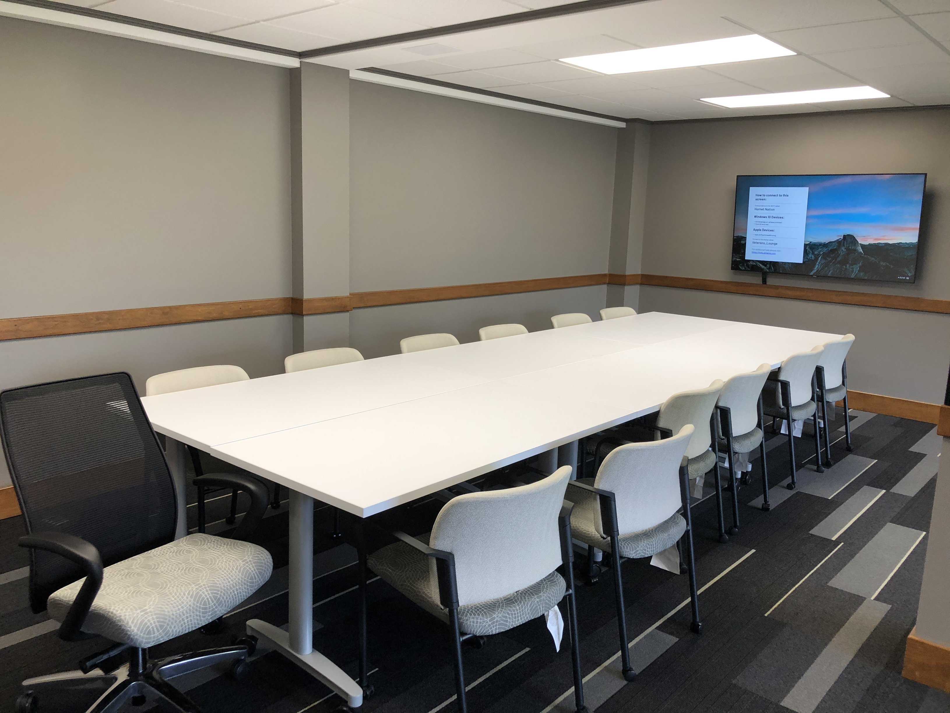 Student Veterans Center Meeting Space